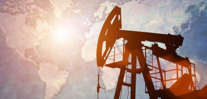 (Türkçe) Petrol fiyatları, yatay bir seyir izledi