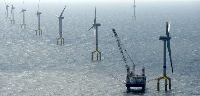 Türkiye'nin ilk deniz üstü rüzgar enerjisi santrali için ihale Ekim'de!